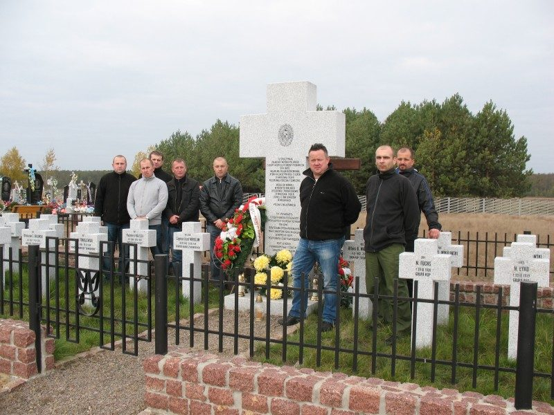 Cmentarz mielniki 3